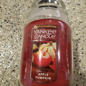 22oz Yankee Candle Apple Pumpkin
